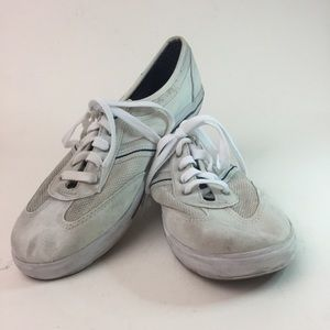 Keds low cut tennis shoes size 9 preowned